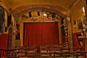 Il placo del Teatro della Caduta
